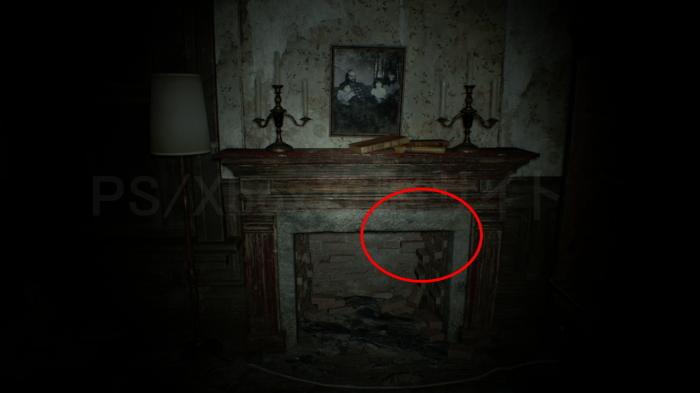 暖炉の隠しレバー