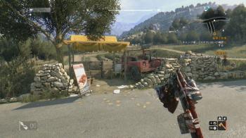 赤いピックアップトラックの荷台
